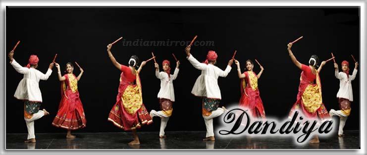 Dandiya - Indian Folk Dance , Dandiya Raas, Dandiya Raas in