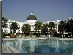 Lucknow Hotel