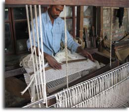 Indian Weaving Industry in 2011-2012
